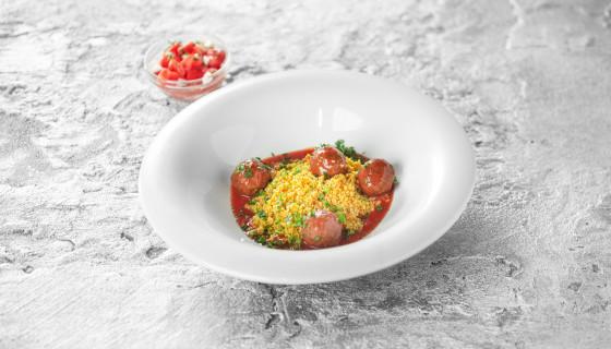 Gehaktballetjes in tomatensaus met couscous